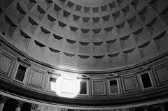 Pantheon (tommaso.piccoli) Tags: roma bn blackandwhite analogicait pantheon