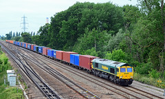 66569. (curly42) Tags: 66569 class66 freightliner railway transport freight