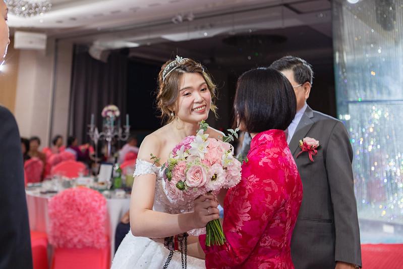 [婚攝] 奕亨 & 婉琪 漢來大飯店巨蛋會館 | 午宴宴客| 婚禮紀錄