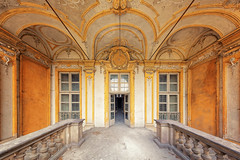 garden entrance (ThomasMueller.Photography) Tags: abandoned balcony balkon castle decay gelb historical historisch lostplace marode schloss stucco stuck thomasmuellerphotography ue urbanexploration urbex verfall verlassen yellow