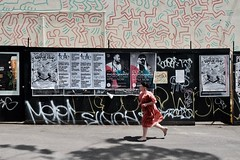 on the run (jhnmccrmck) Tags: keithharingmural keithharing mural melbourne collingwood victoria fujifilm classicchrome xt1 xf1855mm 1984 iminexplore