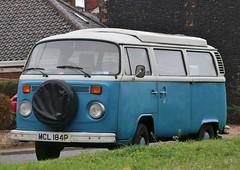 MCL 184P (Nivek.Old.Gold) Tags: 1975 volkswagen devon camper 1584cc latebay