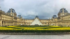 Pyramide du Louvre (simonmgc) Tags: louvre paris pyramid pyramidedulouvre
