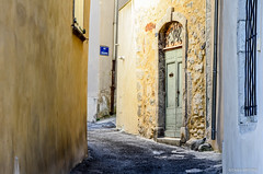 Anduze Picturesque Street (cedant1) Tags: france europe europa picturesque pittoresque scenic village anduze street door