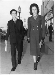 Freddy squires Deanna (jericl cat) Tags: freddy squires deanna freddie bartholomew durbin conquest movie preview premiere premier wilshire streetlight 4 star unitedartists theatre theater boulevard miraclemile hollywood candid celebrity vintage press photo