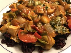 Brussels sprouts, red pepper, yellow zucchini, onions, tofu in Kashmiri curry over black japonica rice (TomChatt) Tags: food homecooking parttimevegetarian