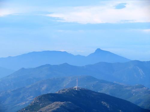 J2-24 pylones au dessus du col de teghime