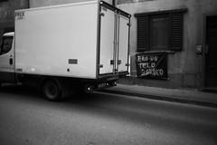 L1045764 (Daniele Pisani) Tags: lenzuola signa protesta smog traffico code file lastra nebbia fuomo fumo strada