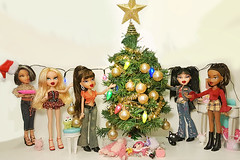 Bratz Christmas (Luxtoygraphy) Tags: christmas tree christmastress bratzchristmas bratz bratzdoll bratzdolls bratzdollz bratzfunkout bratzseries bratzthoughtz bratztv bratztvshow bratzflauntit bratztreasures bratzxpressit bratzprincessyasmin bratzprincess bunnyboo bunny boo angel angelz passion4fashion passionforfashion yasmin jade fashion sasha cloe world pet pets pretty treasures prettyprincess mgae xpressit rockangelz rock princes princessyasmin portia mother motherdaughter sister sisters sisterz thoughtz it out cat kat cats up funkout funk funkoutcloe funkoutsasha funkoutjade funkoutyasmin funky mum daughter princess dolls doll moviedoll movie moviedolls family familiez families mga love