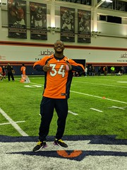 2018_T4T_Denver Broncos Play 60 Clinic 9 (TAPSOrg) Tags: taps tragedyassistanceprogramforsurvivors teams4taps denverbroncos englewood colorado nfl salutetoservice football play60 2018 military indoor vertical player posed