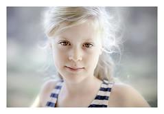 Kodak Portra 400 (Erik de Klerck) Tags: analog analoog kodak portra kodakportra 400 nikon f80 85mm18g 85mm 85mm18 film 35mm portrait girl bokeh