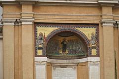 Apse, Outdoor, St. John Lateran plaza (Tatiana12) Tags: rome italy personaltour stjohnlateran apse plaza