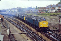 40057+40135 leaving Hereford on the 28-05-1984 with the 1Z26 Preston to Paignton,The Devonia. (Robert Lewis(railhereford)) Tags: 40057 40135