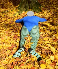 Autumn - pantyhose and leotard (wetmuddy) Tags: outdoor fun forest autumn herbst wald leotard unitard pantyhose gymanstik gymnastikanzug lycra spandex medias strumpfhose tights gymnastics legs leggings gimnasia
