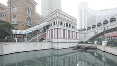 city of dreams (lens ·) Tags: 澳門 macau macao sar venetian thevenetian casino replica louisvuitton kotaistrip kotai