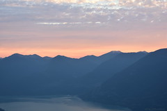 Sunset In The Mountains - 10 (Average Photographer 1992) Tags: landscapephotography landscapes landscape nikon nikonphotography nikonphotographer nikonuser nikonphoto nikond7200 nature naturephotography mountain mountains squamish seatoskygondola britishcolumbia britishcolumbiacanada canada tree trees august august2018 earth mountainrange mountainranges mountainscape scapes summer summer2018 vacation photography thechief skypilot sunset sunsets sunsetphotography