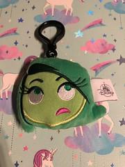 Disgust emoji plush keychain #doublesided #disney #disgust #favorite #clearance #disneystore #pixar (direngrey037) Tags: doublesided disney disgust favorite clearance disneystore pixar