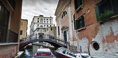 11 (ERREGI 1958) Tags: venezia veneto pont acqua barche barca timoniere cielo sky venice italia italy
