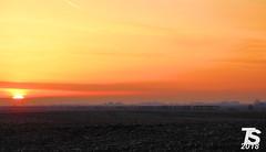 UP 6698 Leads NB Coal Drag at Sunset near Iowa Falls, IA 12-25-18 (KansasScanner) Tags: iowafalls iowa up train railroad sunset sunrise