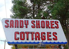 MI, Escanaba-M 35 Sandy Shores Cottages Neon Sign