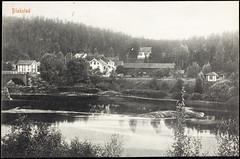 Postkort fra Agder (Avtrykket) Tags: bolighus bro brokar elv hus postkort tømmer uthus vassdrag froland austagder norway nor