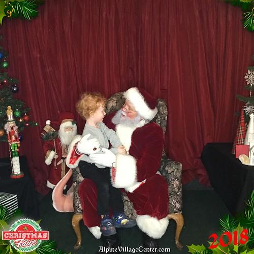 Photos with Santa at Alpine Village 2018