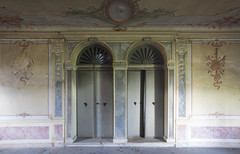 Villa Venezia (Sean M Richardson) Tags: abandoned villa italia architecture details decay canon photography travel explore light color