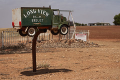 Long View Farm mailbox (i-lenticularis) Tags: zeissvariosonnar3570f34 ruralscene newsouthwales farming mailbox
