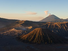 Ashes trio. (edutxap) Tags: volcán volcano landscape cráter bromo ijen cemoro lawang java east sunrise indonesia asia asian travel txacrisoftheworld mountain fog smoke paisaje nikon p7800 compact summer dust desert desierto jeep 4x4
