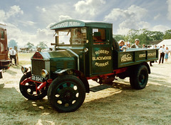 1924 Albion SB24 (Beardy Vulcan II) Tags: knowlhill albion sb24 gb5947 lorry truck vehicle rally steamrally reading maidenhead thamesvalley berkshire england summer august 1984 20thcentury