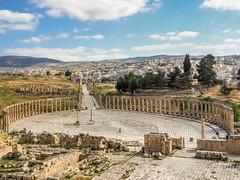 LR Jordan 2017-4240385 (hunbille) Tags: jordan jerash roman city ovalplaza pillar templeofzeus temple zeus oval plaza