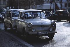 Berlin 5 (Lennart Arendes) Tags: canon eos 1n ef l 24105mm kodak film analog 35mm kb ektachrome dia color reversal e100 berlin street car cars trabant day sun wet rain shadow trees