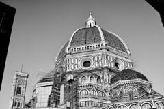 Florenz Duomo bw (rainerneumann831) Tags: bw blackwhite street streetscene ©rainerneumann urban monochrome candid city streetphotography blackandwhite duomo dom firenze florenz architecture architektur