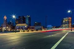 Nocturne (Arutemu) Tags: a7rii sony sonya7rii vogtlanderultron21mmf18aspherical mirrorless america american midwest ohio columbus city cityscape ciudad citylights night nighttime nightscape nightshot nightview nightstreet nightfall urban usa us unitedstates view ville voigtlander wideangle panorama lowlight scene scenic ilcea7rii アメリカ 米国 美国 オハイオ コロンバス 都市 都市景観 都市の景観 都会 街 町 光 光景 夜景 風景 見晴らし 夜 夜光 夜の町 夜の街 景色