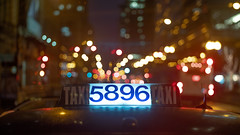 TAXI 5896 TAXI (Jovan Jimenez) Tags: sony alpha a6500 metabones speedbooster hasselblad carl zeiss planar 80mm f28 focalreducer ilce cinematic streetphotography night vintagelens taxi cab city chicago bokeh lights lowcon manual lens manuallens oldlens retrolens adapted adaptedlens adaptedlenses carlzeiss classiclens classiclenses
