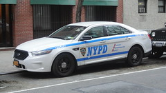 New York Police Department (Emergency_Spotter) Tags: new york police department nypd slicktop ford interceptor sedan steelies 13 pct taurus fpis city nys