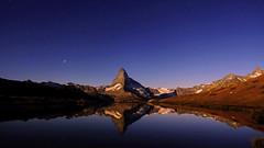 Moonlight & starry sky (ej - light spectrum) Tags: matterhorn switzerland schweiz suisse svizzera mountains berge alps alpen landscape landschaft moon mondlicht moonlight fujifilm xt2 reflection spiegelung sternenhimmel stars sky