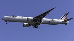F-GSQI_JFK_Landing_31R_JON_ONE (MAB757200) Tags: airfrance b777328er fgsqi jonone aircraft airplane airlines airport jetliner jfk kjfk landing runway31r