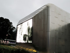 Metal clad Berkeley Art Museum and Pacific Archive (BAMPFA) (Monceau) Tags: berkeleyartmuseumandpacificarchive bampa berkeley california building architecture film screen outdoors metal sheathing contemporary 20365 365picturesin2019 365the2019edition 3652019 day20365 20jan19