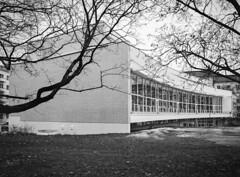 Töölön Kirjasto (Mikael Neiberg) Tags: architecture töölö helsinki library kirjasto modernism aarneervi 70´s building park monochrome pentax645 120film analogfotographing