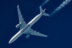 Qatar Airways Airbus A350-1041 A7-ANC (Thames Air) Tags: qatar airways airbus a3501041 a7anc contrail telescope dobsonian contrails overhead vapour trail