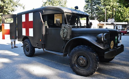 flickriver custom_cab\u0027s photos tagged with wc1952 dodge m43 military ambulance (ex canadian forces)