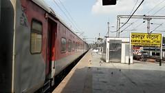Kanpur Central(CNB) (Mithx) Tags: cnb kanpur uttar pradesh indian railways rajdhani express lhb ir wap7 howrah sealdah