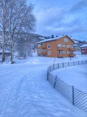 Vinterettermiddag -|- Winter afternoon (erlingsi) Tags: volda sunnmøre snow winter vinter hus oker ettermiddag afternoon