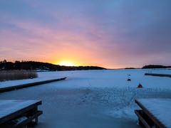 Cold Vinter Morning Light (fixaraffe) Tags: vinter cold sun ice sunrise