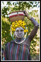 Mursi . Rio Omo . Etiopia (doctorangel) Tags: omo river valley ethiopia mursi woman doctorangel doctor angel tribu etnia folk folclore bowl tocado