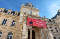 La palais Pototski (Vincent Rowell) Tags: politicalprisoners banner olegsentsov architecture pototskypalace palace ukraine2018 ukraine lviv sigma816mm hdr photoshopped raw