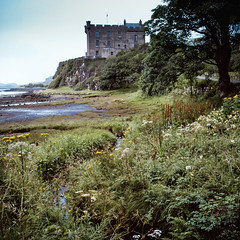 Dunvegan Castle (jhotopf) Tags: uk gb skye scotland velvia analogue film twinlensreflex tlr c330s mamiya