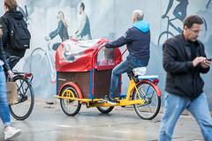 Hersft 2017 (AmsterdamZuidas) Tags: 2017 keeswinkelman zuidas bakfietsen bouwhekken fietsen herfst mensen seizoenen