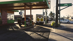 mesa 01647 (m.r. nelson) Tags: mesa arizona az america southwest usa mrnelson marknelson markinaz streetphotography urban artphotography newtopographic urbanlandscape thewest wildwest documentaryphotography color colorpotography farbstoffe farbe